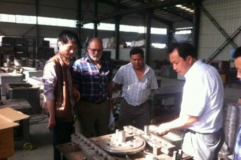 customer visitors are watching automatic GW42 rebar bending machine