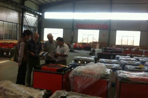 customers visitors are checking rebar benders,rebar cutters,gasoline tamping rammers and concrete cutting machines